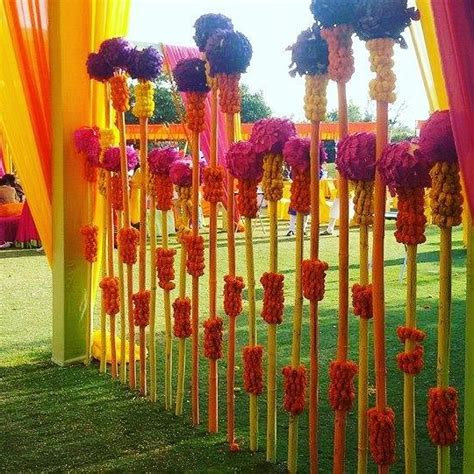 Kismis Marigold colourful and vibrant entrance decor
