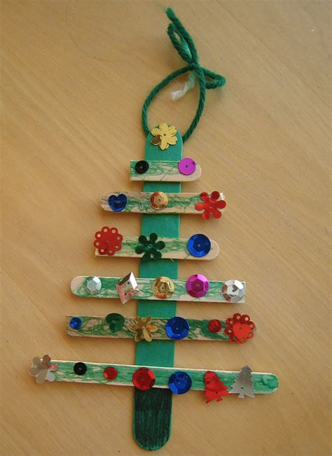 easy inexpensive christmas craft for kids at school or