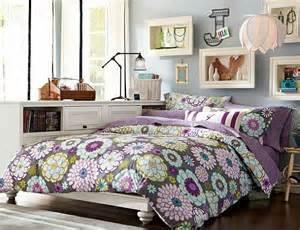 Young teenage girls bedroom with purple bedding teenage girls room