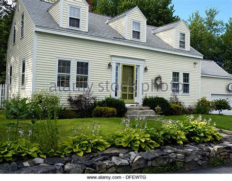 clapboard house clapboard house england stock photos clapboard house