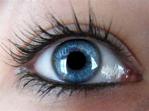 wallpaper of blue eyes sky blue eye wallpaper yusrablog com
