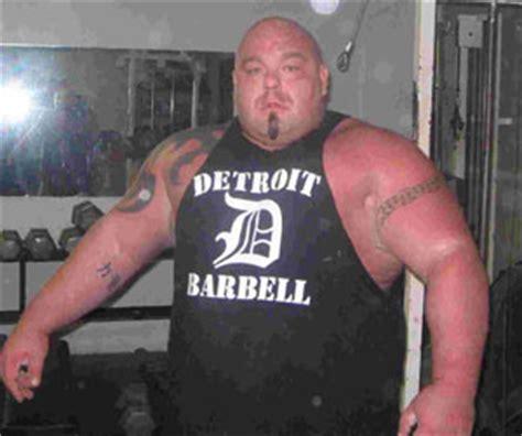 biggest bench press ever interview with powerlifter big clay brandenburg