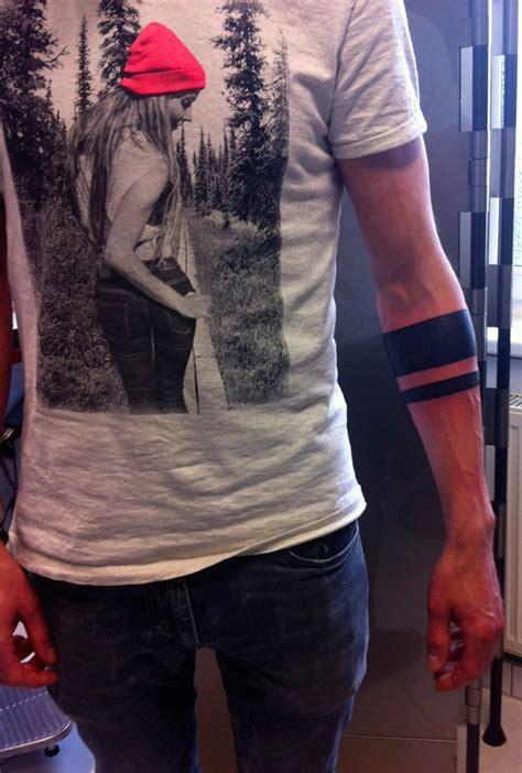 Tribal Arm Mann by Armband Symbole Und Bedeutungen Tattoos Zenideen