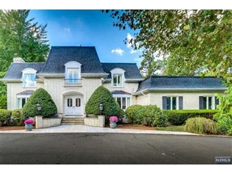 Houses For Sale In Franklin Lakes Nj by Franklin Lakes Nj Real Estate Homes For Sale In Franklin