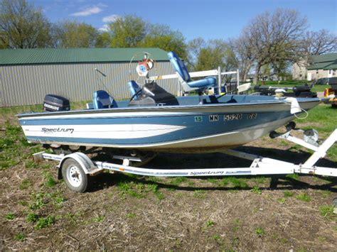 spectrum 1600 boat 1992 blue fin spectrum 1600 boat with 1992 ez loader