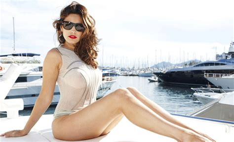 where can i get a bob like kelly ripas cheap most women diet to get kelly brook s ideal body