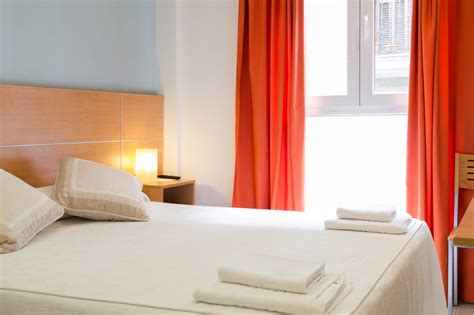 decorar habitacion pequeña blanca aire para habitacion pequea como decorar las juveniles