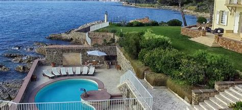 I Would Married Anyone In St Tropez by Villa Getting Married Tropez Cyrus