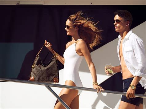 business fashion january 6 2015 michael kors michael kors x luxottica to launch designer eyewear line
