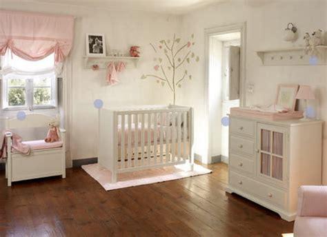 chambre parquet aide dans choix couleur parquet peinture murs pour