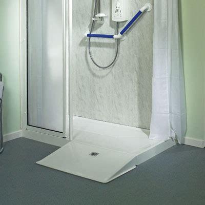 piatto doccia per disabili dimensioni ra dritta