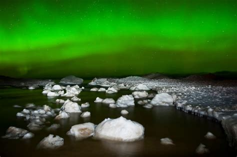 northern lights vacations michigan 5 reasons why winter is better travel marquette michigan