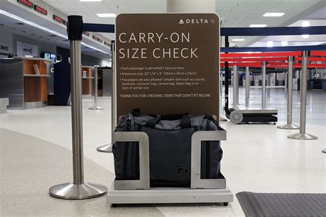 how many carry on bags allowed united how many carry on bags allowed united 28 images