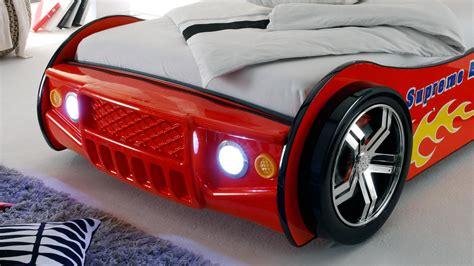 kinderbett auto mit beleuchtung autobett energy bett 90x200 rot lackiert mit beleuchtung