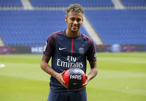 neymar biography in french neymar braced for psg debut and french culture shock the