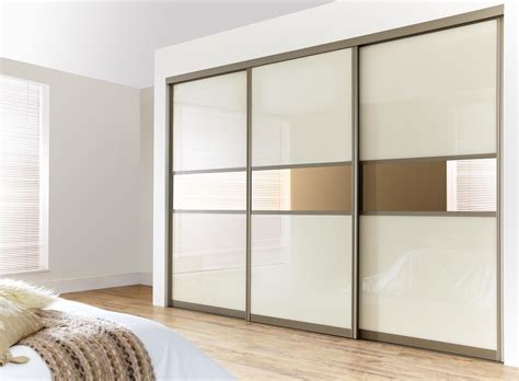 Wardrobe Models by 15 Inspiring Wardrobe Models For Bedrooms Mostbeautifulthings