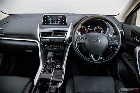 mitsubishi eclipse cross exceed interior