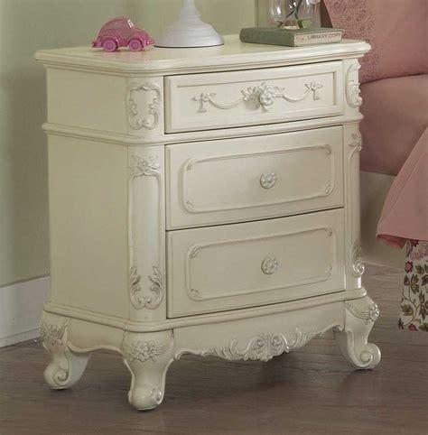 cinderella bedroom furniture homelegance cinderella poster bedroom set ecru b1386tpp