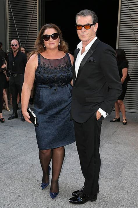 pierce brosnan wife keely shaye smith pierce brosnan and wife keely jet to paris to watch son