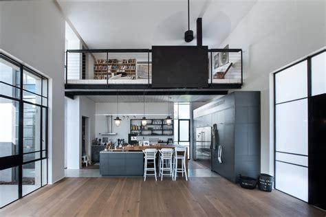 Restaining Kitchen Cabinets Darker by Gallery Of House In Tel Aviv Neuman Hayner Architects 2