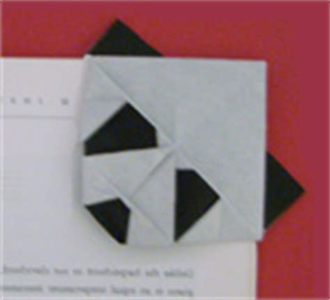 Origami Bookmark Panda - books and bookmarks