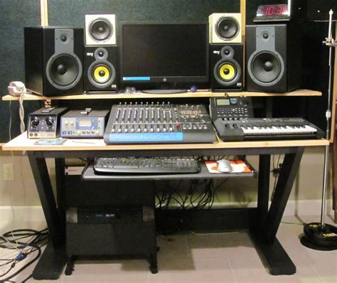 Buy Furniture And Book A With Aris Studio by Studio Linden Recording Studio Hannover Soundbetter