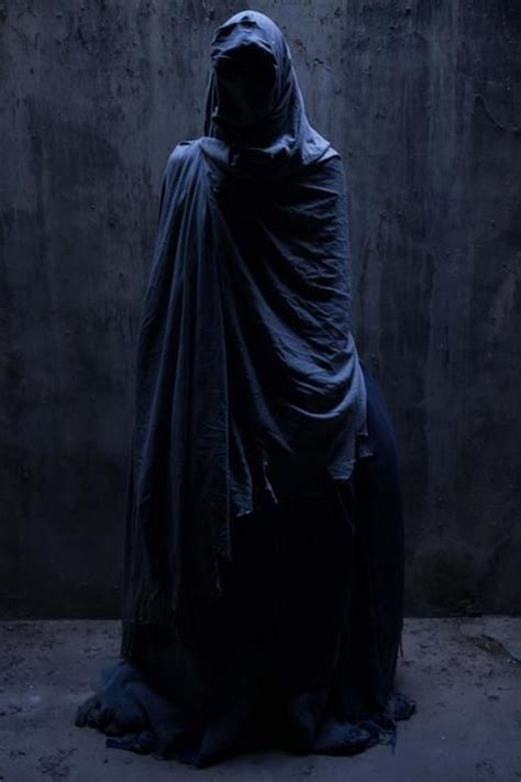 cloaked in shadow the rafael andreu costume by ortoll rius diaz crafts from the crypt costumes robes