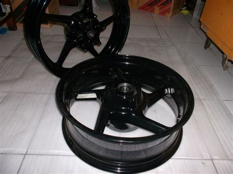 Velg Racing Ninja250 Depan Disc Lebar 17 X 350 Termurah velg lebar aksesoris kawasaki 250fi www caroldoey
