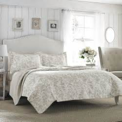 Laura Ashley Home Design Reviews laura ashley home laura ashley riley quilt set amp reviews wayfair