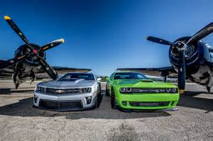 Chevy camaro and dodge challenger 2014 camaro zl1 vs 2015 challenger