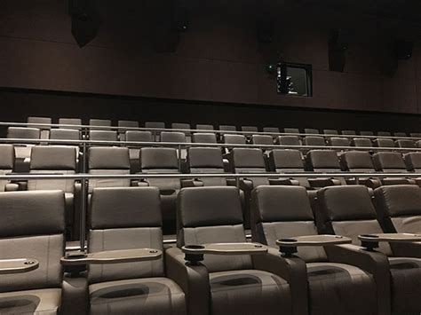 amc braintree recliners movie theater seats rows of red cinema movie theater seats