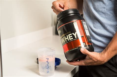 protein before or after workout ask the macro manager should i drink protein before or
