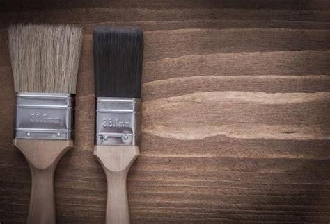 tinteggiare soffitto tinteggiare pareti e soffitto