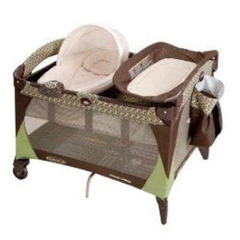 graco pack n play w newborn napper changing table