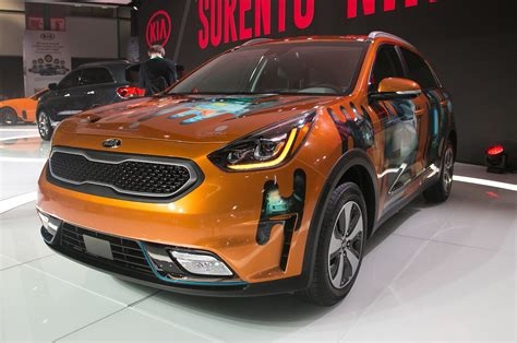 kia niro plug  hybrid  coming  automobile