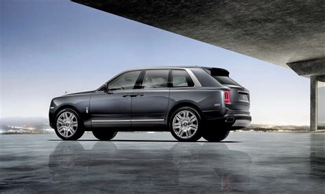 roll royce cullinan 2019 rolls royce cullinan suv revealed with details
