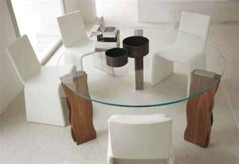 glas esszimmertisch basen 70 modelle f 252 r couchtisch und esstisch rund freshouse