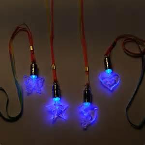licht led halsketting met led licht kopen lobbes nl