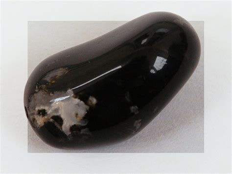 black onyx value price and jewelry information