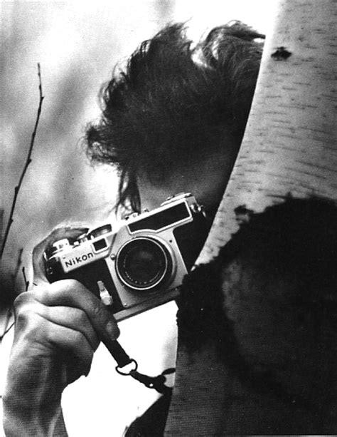 vintage everyday amazing pictures  celebrities   vintage cameras