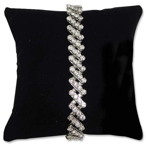 Jewelry Pillow by Pillow Display For Bracelets Ans Watches