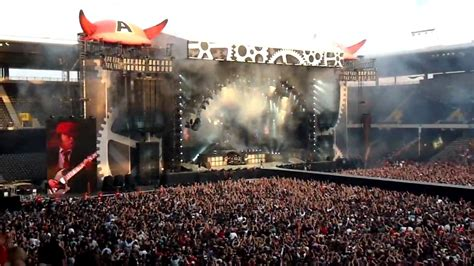 bern ni wewe official hd ac dc live intro rock n roll im stade de suisse