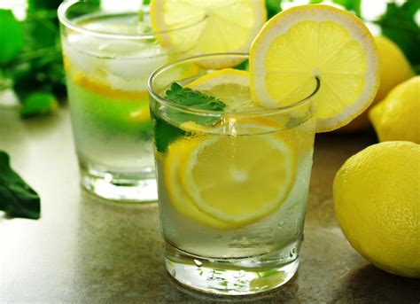Lemon Juice Detox Diarrhea by The Pros And Cons Of Lemon Water Mountain Vista Health