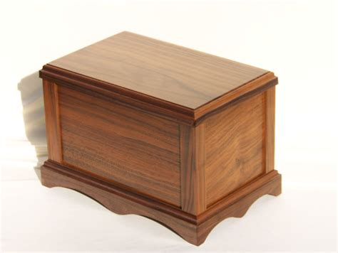 cremation urns wood cremation urns custom made wood cremation urns hardwood cremation urns