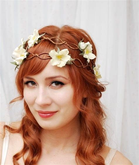 how to create a flower wreath hair piece my view on fashinating bohemian bride gardens of whimsy onewed