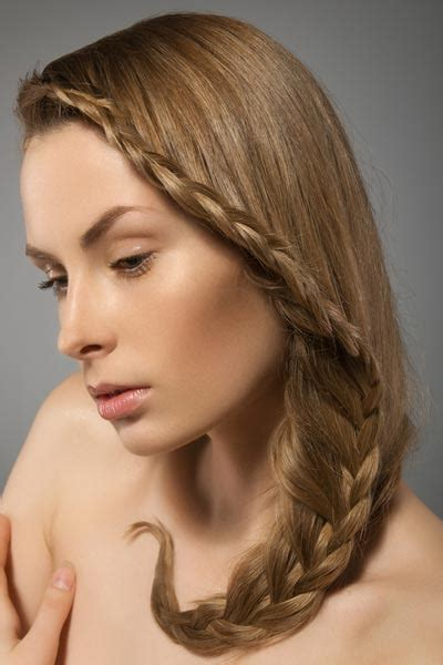 plaiting styles 15 loose braided hairstyles for a boho chic look pretty