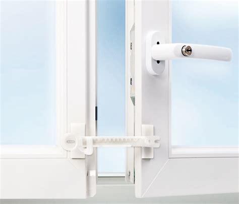 comment ouvrir une porte de chambre bloqu馥 entreb 226 illeur pour fen 234 tre pvc blanc 224 coller ou 224 visser
