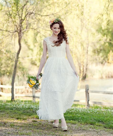 Buy Dress For Wedding by Vintage Wedding Dresses Vintage Inspired Bridal Gowns