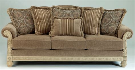 platinum upholstery parkington bay platinum sofa 1620238 ashley furniture