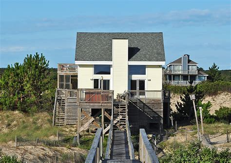 Cottage Rentals Outer Banks by Sandbox Cottage 4x4 Nc Vacation Rental Vacagetaways